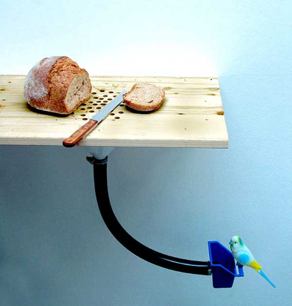 Cutting-Board-Bird-Feeder