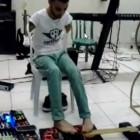guitar-feet-2